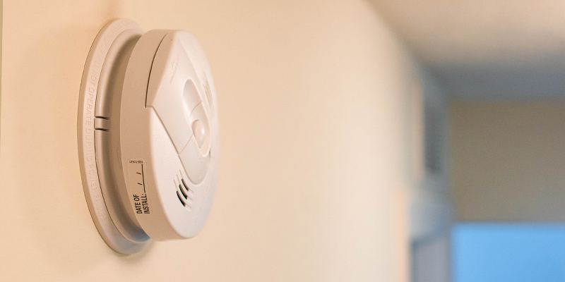 Photoelectric Vs Ionization Smoke Detector Which Is Best