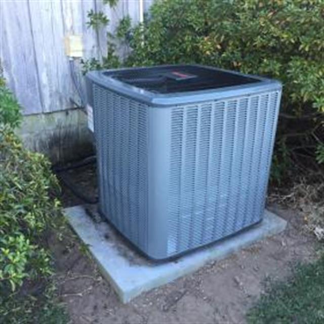 16 SEER Single Stage Heat Pump Condenser....Comes with a Unit Replacement Warranty...the BEST WARRANTY on the Market